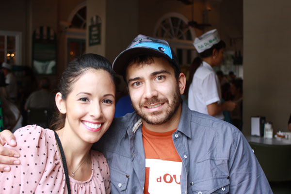 NOLA-D1-cafedumonde-cutecouple