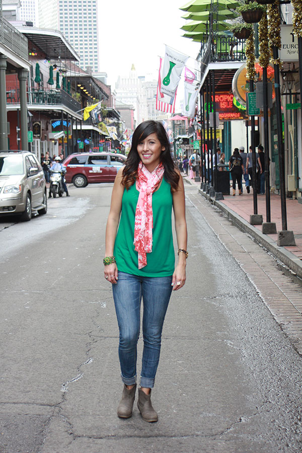 NOLA-D2-brownbooties-jeans-green-tanktop-scarf