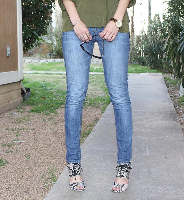 snakeskin-heels-jeans